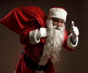 Układanka Święty Mikołaj czy Santa Claus prowadzenia worek zabawek i chodzenie ukradkiem