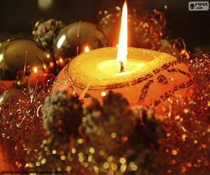 Układanka Świece zapalone na Boże Narodzenie