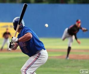Układanka aktor profesjonalista, ciasto z wysoko podniesioną kij baseballowy