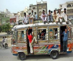 Układanka Autobus Karaczi