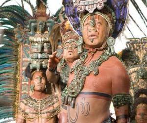 Układanka Aztec kapłan złożył ofiarę bogom