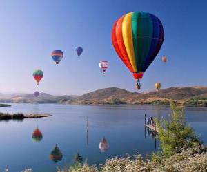 Układanka Balon w krajobrazie