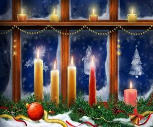 Układanka Boże Narodzenie zapalił świece przed oknem