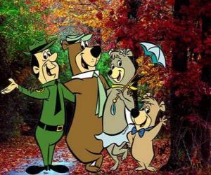 Układanka Bohaterami przygód: Miś Yogi, Boo-Boo, Cindy i strażnik Smith