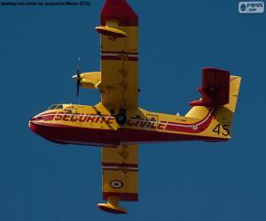 Układanka Canadair CL-215, wodnosamolot