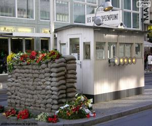 Układanka Checkpoint Charlie, Berlin