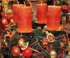 Układanka Cztery świece w centrum