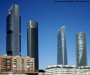 Układanka Cztery wieże Madrid