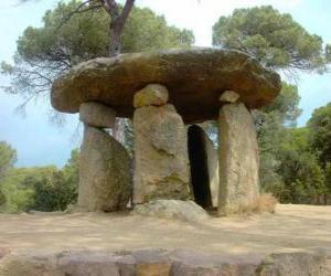Układanka Dolmen, kamiennych budowli neolitycznych w postaci dużych kamienny stół