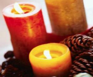 Układanka Dwa duże Christmas palące się świece