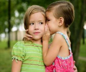Układanka Dwie dziewczyny co zwierzeń