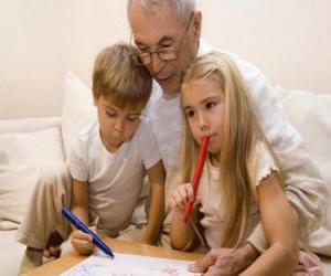 Układanka Dziadek z wnukami