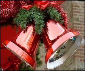 Układanka Dzwonki świąteczne z dużym łuku i jodłowe pozostawia