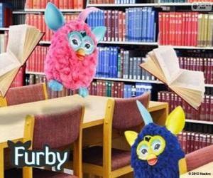 Układanka Furbys w bibliotece