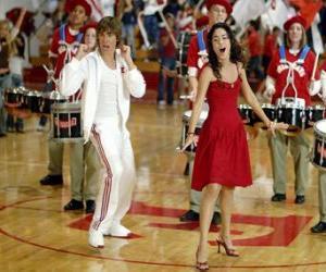 Układanka Gabriella Montez (Vanessa Hudgens) Troy Bolton (Zac Efron) śpiewać i tańczyć