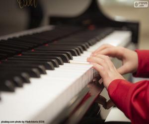 Układanka Gra na fortepianie