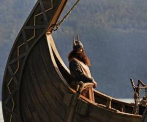 Układanka Halvar, przyjmuje helm łodzi
