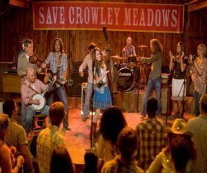 Układanka Hannah Montana (Miley Cyrus) wykonuje jedną z jego pieśni w Crowley Corners, miasto, które urodziła Miley.