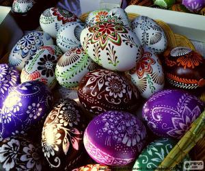 Układanka Jaja ozdobione kwiatami