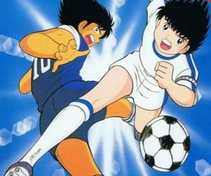 Układanka Kapitan Tsubasa w duże, podczas gdy prędkość jest kontroli piłki