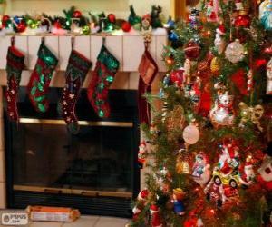 Układanka Kominek urządzone na Boże Narodzenie