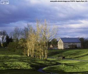 Układanka Krajobraz z gospodarstwa stodoła