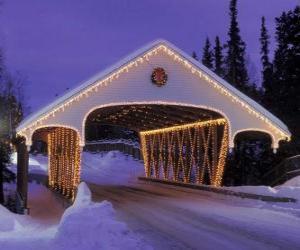 Układanka Kryty most urządzone na Boże Narodzenie