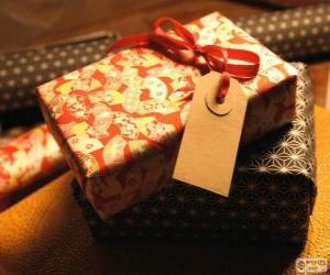 Układanka Kto jest darem dla?