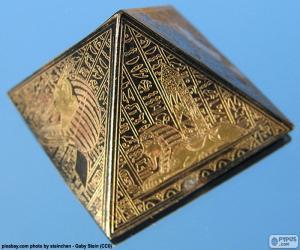 Układanka Kwadrat na podstawie piramidy