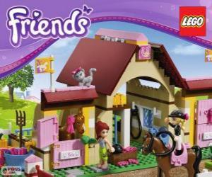 Układanka Lego Friends Stajnia W Heartlake