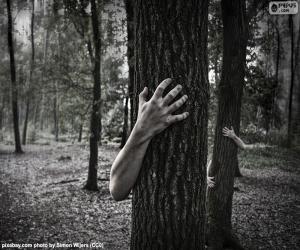 Układanka Lesie horroru