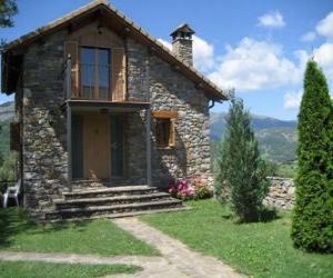 Układanka Mały dom jednorodzinny, widok elewacji wejścia lub głównej fasady