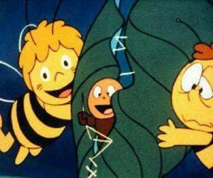 Układanka Maja i Willy pomoc robak