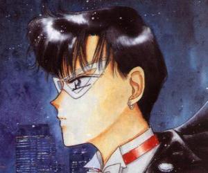 Układanka Mamorou Chiba staje się bohaterem Tuxedo Kamen, zamaskowany mężczyzna ubrany w ogony