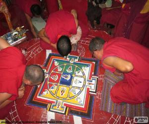 Układanka Mnisi, dokonując mandali