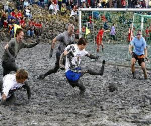 Układanka Mud Igrzyskach Olimpijskich lub Wattolumpiad, walczymy na bagnach Łaby