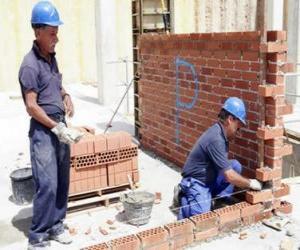 Układanka Murarz podniesienie ściany