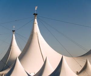 Układanka namiot cyrkowy