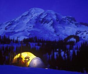 Układanka Namiot w góry na święta