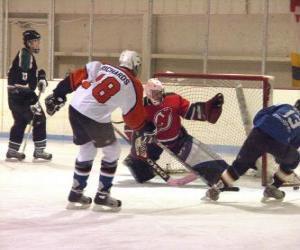 Układanka Odtwarzacze i bramkarz w hokeju na lodzie mecz