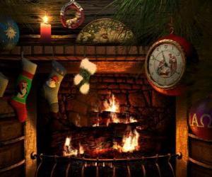 Układanka Ogień świeci na Wigilię skarpetki wiszące
