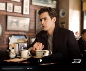 Układanka Peter Parker, powiększonym odnoszącej w Nowym Jorku cafetria