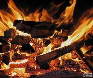 Układanka Pożar w kominek