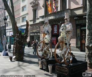 Układanka Posągów, Barcelona