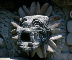 Układanka Quetzalcoatl, azteckiego boga życia, owłosiony węża