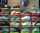 Tenisówki lub trenerów, sportowe buty ze skóry lub płótna na podeszwach z gumy