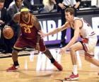 LeBron James z gry w koszykówkę