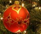 Piłka świąteczne zdobione geometrycznymi