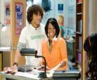 Czad (Corbin Bleu), Taylor (Monique Coleman) w High School Musical 3