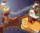 Boże Narodzenie sanie ciągnione przez magicznych reniferów i załadowane darami, Święty Mikołaj i elfy